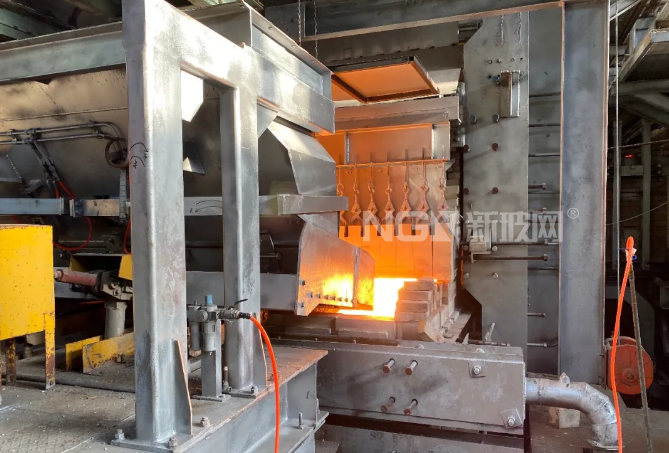 冠盛蓝玻公司浮法玻璃生产二线顺利成功投产