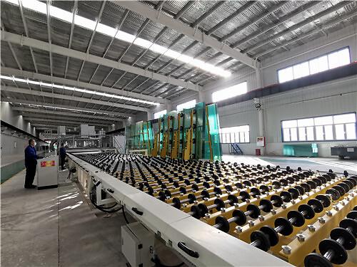 新疆普耀公司Low-E镀膜玻璃生产线